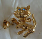 VTG  AVON CAT WITH MOVABLE BELL GOLDTONE PIN BROOCH
