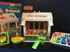 Vintage Fisher Price Little People Play Family School House 923 With Box