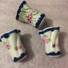 FLOW BLUE SALT  PEPPER PLUS SPICE SHAKER SWIRL FLORAL DESIGN WITH GOLD ACCENTS