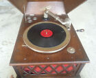 Vintage Silvertone Phonograph Antique Wind Up Hand Crank Table Top Record Player