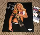 Trish Stratus Wrestling Cards, Autograph and Memorabilia Guide 36