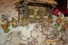 VINTAGE NATIVITY SET WITH WOODEN CRECHE AND 13 FIGURES ITALY