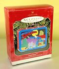 Hallmark 1998 Superman Pressed Tin Lunchbox Hinged Keepsake Xmas Ornament NIB