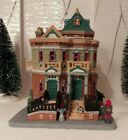 Lemax Christmas Village (2010) – Building – Paddy's Brownstone