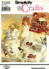 Simplicity Wedding Accessories Doll Cake Topper Guest Book Pattern 7086 UNCUT