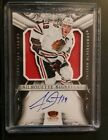 2012 13 Crown Royale Silhoutte Signature Jersey Auto Jonathan Toews Blackhawks