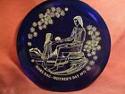 ORREFORS SWEDEN COBALT BLUE GLASS 1971 PLATE MORS DAG  MOTHERS DAY 1971