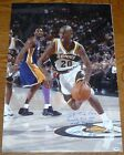 Gary Payton Rookie Cards and Autographed Memorabilia Guide 39