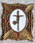 VINTAGE METAL KNIGHTS OF COLUMBUS Catholic Family History CRUCIFIX WALL PLAQUE
