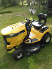 Cub Cadet XT1 46 Riding Lawn Mower LOW 28 Hours LOOKS BRAND NEW