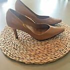 Donna Lawrence Womens Heels Pumps Pointed Toe Tan Patent Leather Size 8M