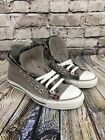 Converse Sneaker Womans 9 Mens 7 Gray And Plaid