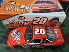 NASCAR Tony Stewart 2000 Autographed Action 1 24 diecast