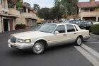 1995 Lincoln Town Car Spinakker below $800 dollars