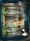 1847 rogers bros silverware First Love 18 Pc.