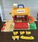 Vintage Fisher Price Little People School House Playset 2550 And Accessories