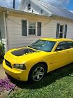 2006 Dodge Charger R/T 2006 Dodge Charger Sedan Yellow RWD Automatic R/T