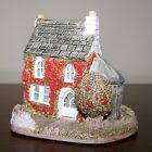 Lilliput Lane Holly Cottage 1984 Signed in Original Box