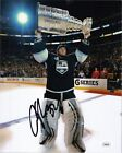 Jonathan Quick Rookie Cards and Autograph Memorabilia Guide 43