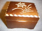 CUENDET SWISS  WOOD CARVED  JEWELRY MUSIC BOX  plays