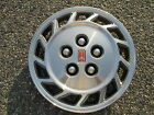one 1993 to 1996 Olds Cutlass Ciera bolt on hubcap wheel cover