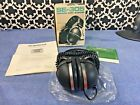 Vintage Pioneer Stereo Headphones - SE-305 - Original Packaging!