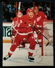 NICKLAS LIDSTROM Signed Inscribed 8x10 Photo DETROIT RED WINGS TEAM vtg Auto