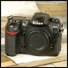 CLEAN Nikon D200 Digital SLR Camera with battery and charger