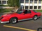 1986 Chevrolet Camaro Real Z28, T Tops, 5 SPEED, New GM Hi Perf Crate 350 Motor, New Paint