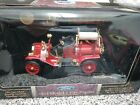 1914 Ford Model T Fire Engine Red 1 18 Diecast Model Car Road Signature Yatming