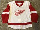 Ultimate Detroit Red Wings Collector and Super Fan Gift Guide 39