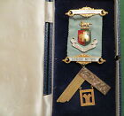 1950 9ct GOLD CRAFT PAST MASTERS BREAST JEWEL - STONELEIGH LODGE NO 725 (4C)