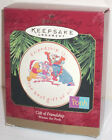 HALLMARK KEEPSAKE DISNEY GIFT OF FRIENDSHIP WINNIE THE POOH PORCELAIN PLATE