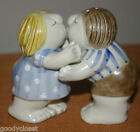 FITZ AND FLOYD JAPAN KISSING COUPLE SALT AND PEPPER SHAKER WITH LABEL 1980