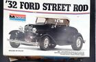 MONOGRAM 2602 #4 1932 Ford Street Rod ROADSTER PROJECT 1:8 MODEL CAR MOUNTAIN
