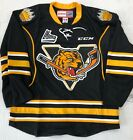 New Authentic Pro Stock CCM Victoriaville Tigres Hockey Player Jersey 54 7287