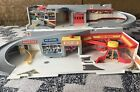 Vintage 1979 Mattel Hot Wheels Car Wash  Service Station Playset fold up