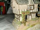 David Winter The Midland Collection Gunsmith Cottage with Box