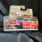 Diecast 1 64 Scale Greenlight Hitch and Tow 2016 Ford Explorer FDNY Spec Ops