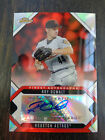 2006 Topps Finest refractor Roy Oswalt autograph # FA-RO
