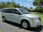 Chrysler : Town & Country for $7900 dollars
