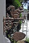 Cast Iron BROWN SQUIRREL on a Bracket with ACORN WELCOME SIGN Wall Mount