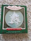 1985 NORMAN ROCKWELL CAMEO COLLECTOR'S 6th in SERIES HALLMARK ORNAMENT