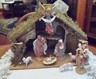 FONTANINI nativity Figurines and Fontanini creche stable 5