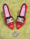 BETTY BOOP Salt  Pepper Shakers POLKA DOT RED PUMPS ceramic shoes BETTYs FACE