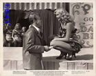 William Holden talks to sexy Jean Wallace in fishnet stockings VINTAGE Photo