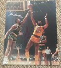 Wilt Chamberlain Cards and Autographed Memorabilia Guide 44