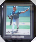 Randy Johnson Cards, Rookie Cards and Autographed Memorabilia Guide 32