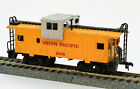 HO Scale Bachmann Union Pacific UP Wide Vision Caboose #206