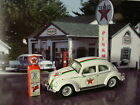 Greenlight TEXACO Gas Station CLASSIC VOLKSWAGEN BEETLE & PUMP✰white VW bug